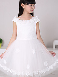 Ball Gown Knee-length Flower Girl Dress - Lace / Satin / Tulle / Polyester Sleeveless