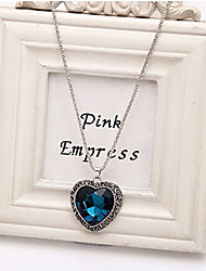 New Arrival Fashional Hot Selling Simple Retro Gem Heart Necklace