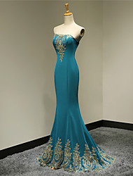 Formal Evening / Military Ball Dress - Elegant / Lace-up Trumpet / Mermaid Strapless Floor-length Satin with Appliques