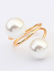 Women's European Style Alloy Ring With Imitation Pearl