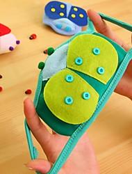 Cute Ladybug Pattern Fleece Anti-Dust Winter Thermal Childern Respirator Face Masks Health Gauze Mask (Random Color)