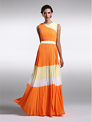 Lanting Bride® Floor-length Chiffon Bridesmaid Dress - Color Block Sheath / Column Jewel Plus Size / Petite with Draping