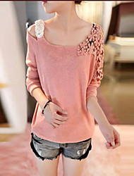 Han Edition Hook Flower One Shoulder Sweater
