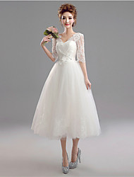 A-line Wedding Dress - White Tea-length V-neck Lace / Tulle