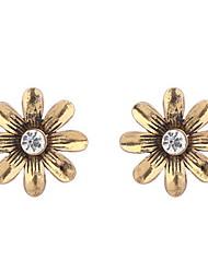 Women's  European And American Fashion Simple Flower Stud Earrings
