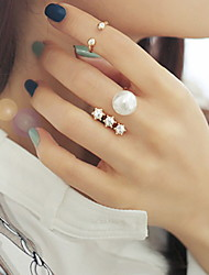 Vintage Cute  White Pearl Star Band Ring