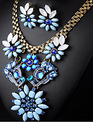 MPL Europe and the diamond necklace exaggerated retro short flowers