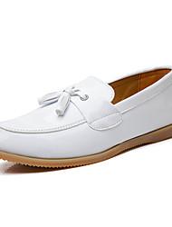 Sapatos Masculinos Mocassins Preto / Branco Couro Envernizado Para Esporte