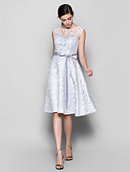 Lanting Bride® Knee-length Lace Bridesmaid Dress A-line Scoop Plus Size / Petite with Lace