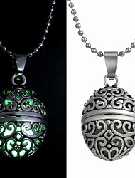 Jewelry Pendant Necklaces Wedding / Party / Daily / Casual Alloy 1pc Women Wedding Gifts