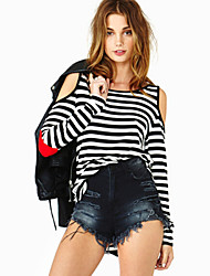 A sexy Strapless black and white striped red peach cloth stitching in long sleeved women's T-shirt