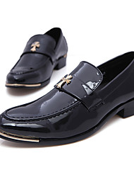 Zapatos de Hombre Boda/Oficina y Trabajo/Fiesta y Noche Cuero Sintético/Cuero Patentado Oxfords Negro/Rojo/Blanco