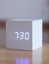nuevo reloj de madera moderna bsw con pantalla LED