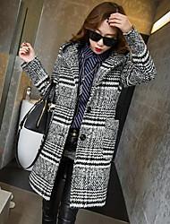 Women's HOUNDSTOOTH Wool Coat