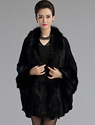 Fur Coats / Hoods & Ponchos / Wedding  Wraps Capes Long Sleeve Faux Fur / Imitation Cashmere Black / Burgundy / Ivory / Grape Wedding