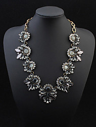 European Style Luxury Fashion Leaf Necklace