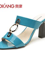 sandálias de couro sintético das mulheres aokang® - 132811402