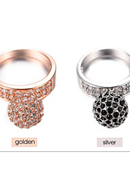 Round ball Black And white Crystal rings 2015 new fashion jewelry rings women brand rock stainless crystals gift BR00036