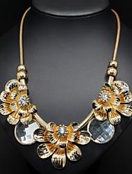 Golden Flower Pendant Chain Necklace