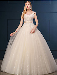 Ball Gown Wedding Dress - Champagne Floor-length Scoop Lace / Tulle