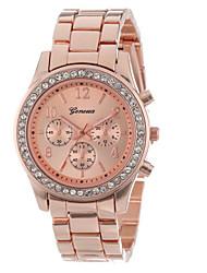 Mulheres Relógio Elegante / Relógio de Moda Quartz Relógio Casual / Resistente ao Choque Lega Banda Pendente Prata / Dourada / Ouro Rose