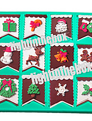 12 in 1 Christmas Bunting Flag Santa Snowman Candy Bar Sock Bell Tree DIY Silicone Chocolate Pudding Sugar Cake Mold