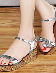 Women's Shoes Patent Leather Flat Heel Peep Toe / Creepers Sandals Party & Evening / Dress / Casual Silver / Gold