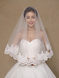 Wedding Veil One-tier Blusher Veils / Shoulder Veils / Elbow Veils / Fingertip Veils Lace Applique Edge Tulle Ivory