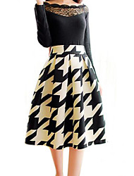 élégantes jupes longueur genou de cru de femmes, polyester micro-élastiques