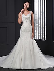 Sheath/Column Wedding Dress-Chapel Train V-neck Lace
