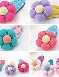Candy Girl Sweet Style Flower Barrette Hair Jewelry (Random Color)