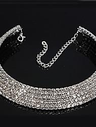 Women's Choker Necklaces Imitation Diamond Rhinestone Alloy Circle Bridal Jewelry Wedding Party 1pc