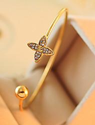 Fashion Jewelry Rhinestone Clover Bracelet