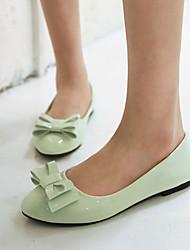 Zapatos de mujer - Tacón Bajo - Puntiagudos - Planos - Oficina y Trabajo / Vestido / Casual - Semicuero - Negro / Rosa / Beige