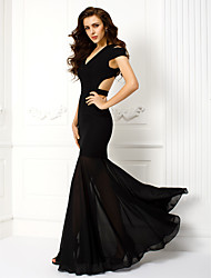 TS Couture Prom Formal Evening Dress - Beautiful Back Sheath / Column V-neck Floor-length Chiffon with Pleats