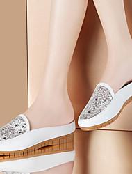 Zapatos de mujer-Tacón Bajo-Comfort-Mocasines-Oficina y Trabajo / Vestido / Casual-Semicuero-Blanco / Plata