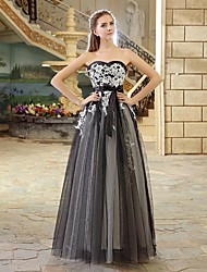 A-line Wedding Dress - Black Floor-length Strapless Lace