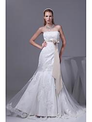 Trumpet / Mermaid Wedding Dress Chapel Train Strapless Organza / Satin