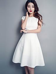 Trapèze Robe Aux femmes simple,Couleur Pleine Col Arrondi Mi-long Manches Courtes Rouge / Blanc Polyester Eté