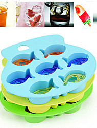 Silicone Ice Aquarium Tray Sea Fish Reusable Makes QQ Fish Ice Trays (Random Color)