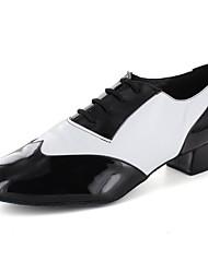 Customizable Women's Dance Shoes Latin / Dance Sneakers / Modern / Salsa Leatherette Flat Heel Black / White