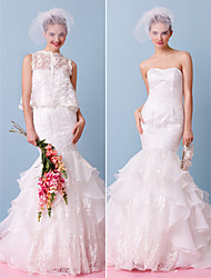 Lanting Bride® Fit & Flare Wedding Dress Two-In-One Wedding Dresses / Wedding Dresses With Wrap Court Train StraplessLace / Organza /