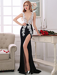 Formal Evening Dress Sheath/Column V-neck Asymmetrical Lace / Taffeta