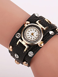 Xu™ Ladies' Fashion The Rivet Diamonds Bracelet Quartz Watch