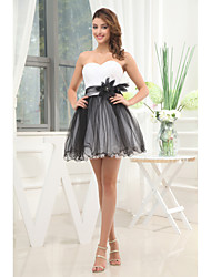 Cocktail Party Dress A-line Strapless Short / Mini Tulle with Flower(s) / Sash / Ribbon / Side Draping