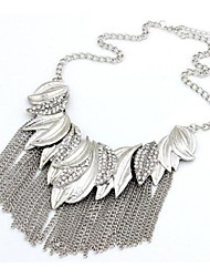 Necklace Statement Necklaces Jewelry Wedding / Party / Daily / Casual Fashionable Alloy Silver 1pc Gift