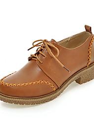 Zapatos de mujer-Tacón Bajo-Comfort / Punta Redonda-Oxfords-Vestido / Casual-Semicuero-Negro / Marrón / Gris / Beige