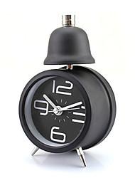 affichage métallique unique cloche rétro réveil table de bureau des temps modernes (couleur aléatoire)