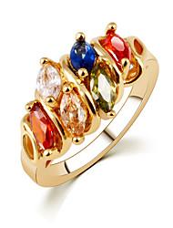 Anéis Mulheres Cristal Liga Liga 6 / 7 / 8 / 9 Dourado As cores de embelezamento estão disponiveis na imagem.