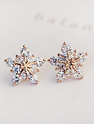 Women European Style Fashion Luxury Elegant Shiny Rhinestone Star Snow Stud Earrings
